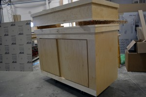 Contemporary style maple cabinet set